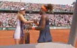 Fransa Açık'ta Maria Sharapova'yı yenen Serena Williams şampiyon oldu.