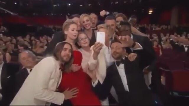 Ellen DeGeneres'in Oscar'a Damgasını Vuran Selfie Pozunun Videosu