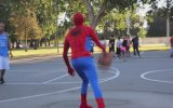 Spiderman'dan Basket Şov
