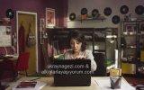 Rus Kızına Yardım Ederken Bilgisayarı Yakmak