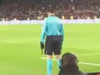 Barcelona - Roma Maçında Hüseyin Göçek'e Bağıran Türkler